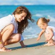 mom-at-beach