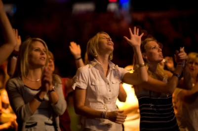 praising God in church